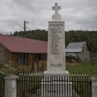 Moșteni-Greci - Monumentul Eroilor căzuți în primul și al doilea război mondial, precum și la revoluția din decembrie 1989