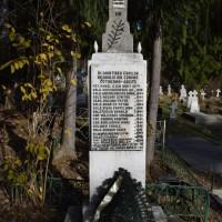 Cotmeana - Monumentul Eroilor din Primul și al Doilea Război Mondial