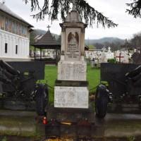 Leicești - Monumentul Eroilor din războiul de independență, primul și al doilea război mondial