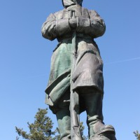 Costești - Monumentul Eroilor căzuți în războiul de independență din 1977, în primul și al doilea război mondial