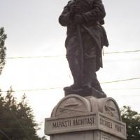 Rucăr - Monumentul eroilor căzuți în primul război mondial