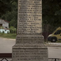 Dobrești - Monumentul Eroilor căzuți în primul și al doilea război mondial