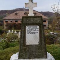 Ceparii Pământeni - Monumentul Eroilor din Primul și al Doilea Război Mondial