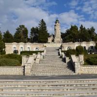 Valea Mare Pravăț - Mateiaș - Mausoleul Eroilor căzuți în Primul Război Mondial