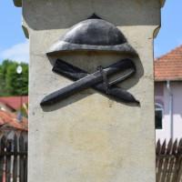 Merișani - Cruce memorială pentru Eroii căzuți în Primul Război Mondial și în Al Doilea Război Mondial
