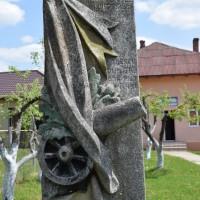 Vâlcelele - Cruce memorială pentru Eroii căzuți în Primul Război Mondial