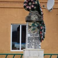 Beleți - Cruce memorială