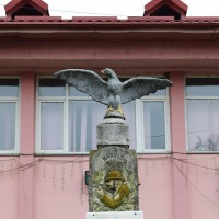 Bogați - Monumentul Eroilor căzuți în Primul Război Mondial și al Doilea Război Mondial