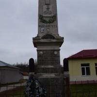 Deagu de Jos - Monumentul Eroilor căzuți în Războiul de Independență, în Primul și al Doilea Război Mondial